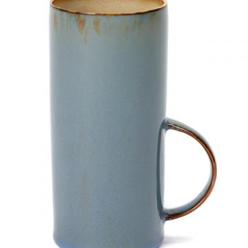 Tasse à thé Misty grey à vendre au concept-store L'Échappée Belle à Quimperlé.